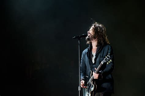 chris cornell singer wallpaper 55651 1800x1198 px