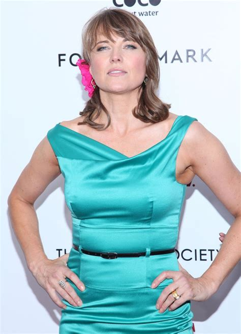 lucy lawless the office lucy lawless picture 23 new york premiere of w e arrivals