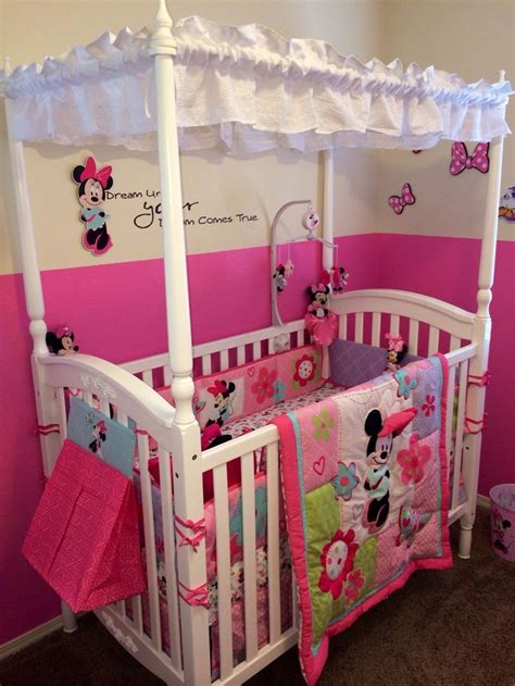 Disney Baby Toddler Girl S Minnie Mouse Bedding Set Disney Minnie Mouse Toddler Bedroom Set