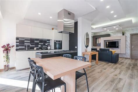 arredamento soggiorno con cucina a vista cucina a vista soggiorno in tinta facileristrutturare it