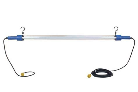 Ilc Light 5 led drop light task light 28 watts 5 cord 5 chain connections larson