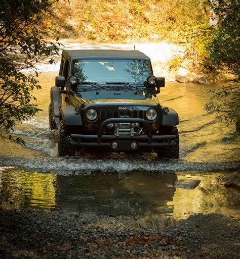 best jeep for roading best 25 jeep wrangler road ideas on jeep