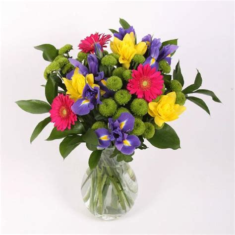 mixed spring flower arrangement in vase achica mixed spring bouquet next day delivery by post pj mulley