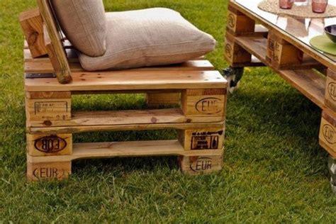 chaise en palette mobilier fabriqu 233 avec des palettes en bois meubles