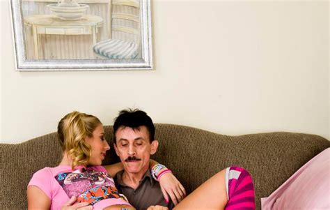 monja coje con el padre amor de verdad padre desfloro a su hija noticias taringa