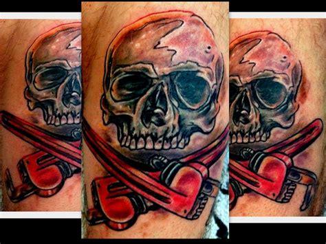 plumbing tattoos plumber skull and cross bone by plumber
