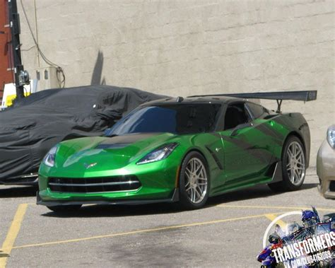 corvette stingray green transformers c7 corvette stingrays spotted on the set in