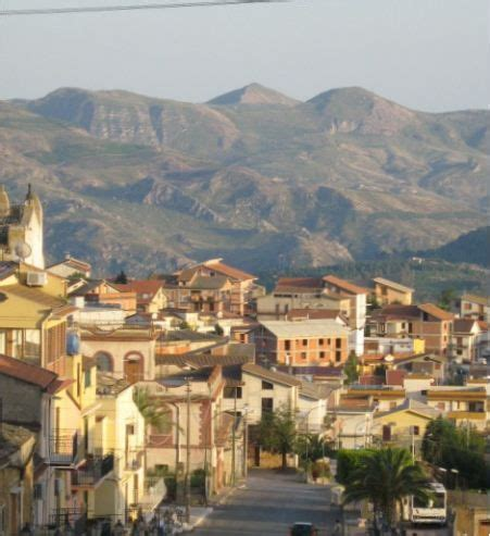 Cabinet Fajon by 17 Best Images About Cianciana Sicily On
