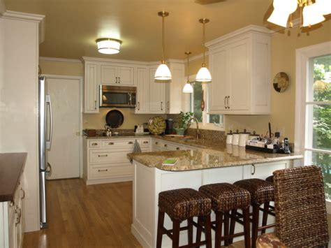 Kitchen Peninsula Designs Kitchen With Peninsula Traditional Kitchen Detroit By Br Wood Design
