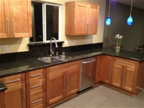 kraftmaid kitchen cabinets wholesale the search for discount kitchen cabinets kraftmaid outlet