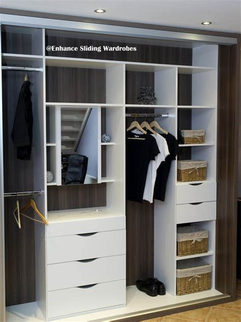 Fitted Wardrobe Shelves by 1000 Images About Walk In Wardrobes Fitted Closets On