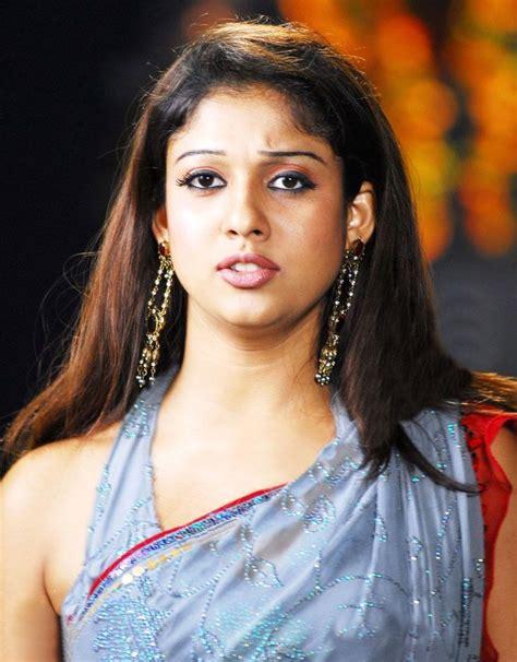nayanthara hot saree navel nayanthara beautiful saree stills nayanthara latest