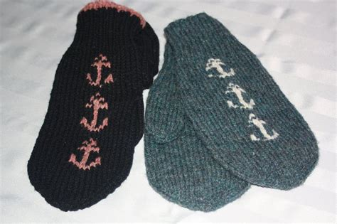 knitting pattern newfoundland mittens 59 best slippers images on pinterest slippers knit