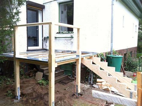 terrasse treppe holz holztreppe diy mit holztreppe und au 223 entreppe mehr