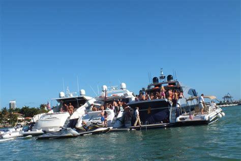 party yacht miami beach boat party in miami beach v fashion world