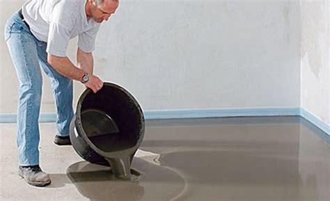 Kunststoff Lackieren Vorbereiten by Boden Ausgleichen Tapezieren Bodenbelag Und Renovieren