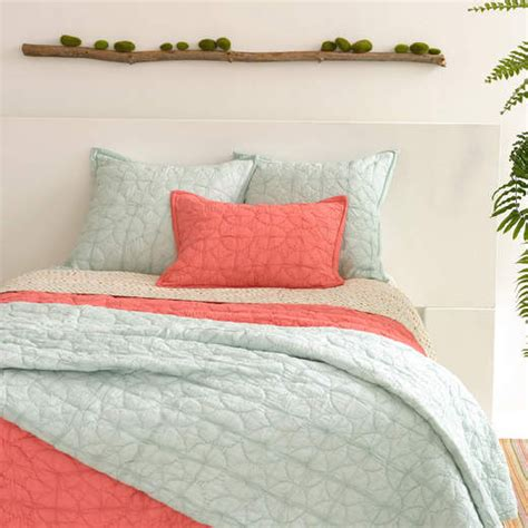 Coral Quilts And Coverlets District17 Marina Coral Quilt Quilts Coverlets