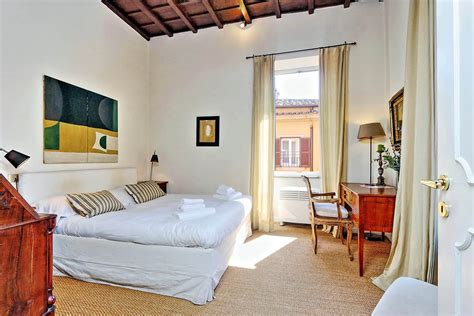 rome appartments trevi stylish apartment rome vacation rental 4 people