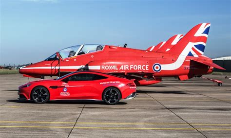 Aston Martin Vanquish S Red Arrows Edition   Automotive Blog