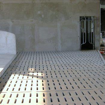 mora pavimenti grigliati per stalle pavimentazioni allevamento bovini