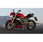 The 675cc Street Triple In Diablo Red For 2015  Babes
