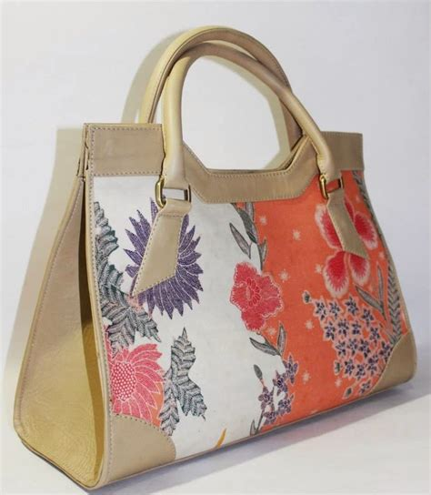 Tas Tangan Handbag Batik 17 best images about indonesia bags on hobo bags cow leather and leather