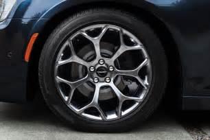 Chrysler 300 Wheel 2017 Chrysler 300s Dresses Up With New Sport Appearance