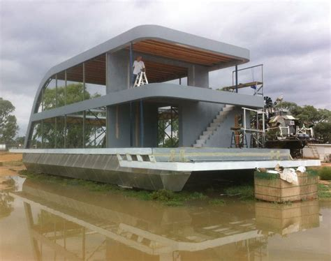 luxury house boat unusual houseboats luxury houseboat design build boats