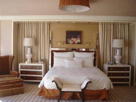 wynn las vegas 2 bedroom suites salon suite bedroom