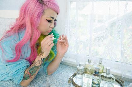 Parfum Buat Karpet 3 kesalahan menyimpan parfum yang buat aromanya cepat berubah