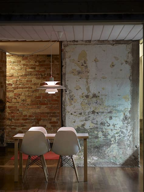 fitzroy terrace embraces  wrinkles   years