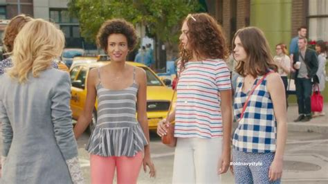 old navy commercial actress pants old navy tv spot crosswalk featuring elizabeth banks