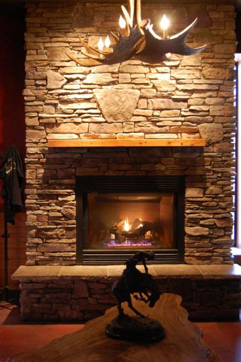 Fireplaces Grand Rapids Mi by Grand Rapids Restaurants With Fireplaces To Keep You Warm