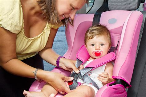 when change car seat to forward facing how should baby be in rear facing car seat