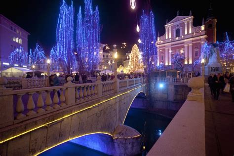 world best christmas city the world s best light displays photos