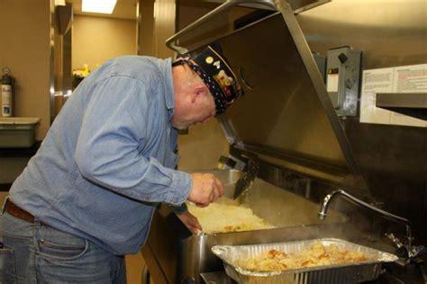 Matt Talbot Kitchen Lincoln Ne by American Legion Post 3 Homeless Breakfast At Matt Talbott