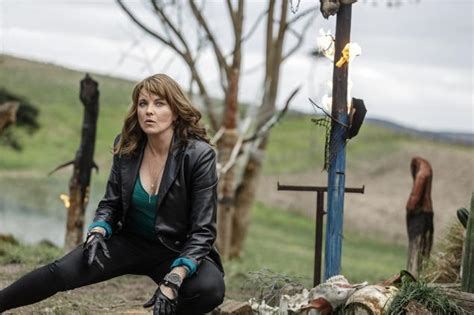 lucy lawless evil dead ash vs evil dead splatters onto tv ny daily news