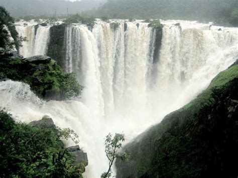 famous waterfalls 20 best waterfalls in india that you must see holidify