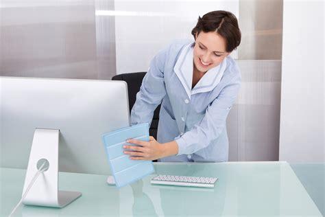 nettoyage des bureaux recrutement le nettoyage de bureaux bien 234 tre et productivit 233
