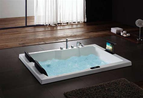 Badewanne Luxus by Bernstein Luxus Whirlpool Badewanne Innenr 228 Ume Und M 246 Bel