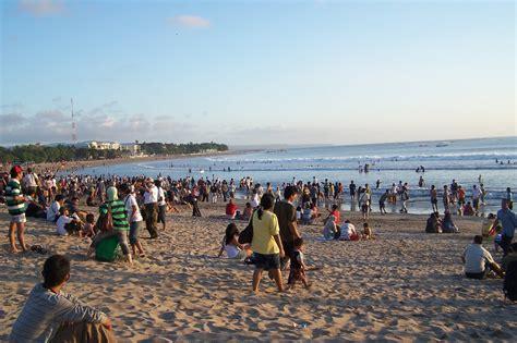 Celana Pantai Bali 2 pantai kuta bali wisata alam indonesia