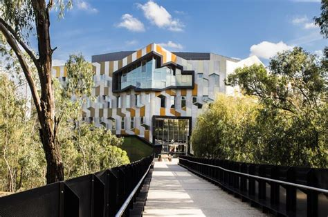 La Trobe Ranking For Mba by Another World Ranking Rise For La Trobe Business Newsroom
