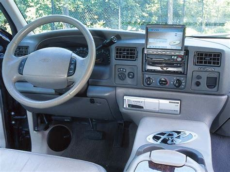 Custom Ford Excursion Interior by Get Last Automotive Article 2015 Lincoln Mkc Makes Its