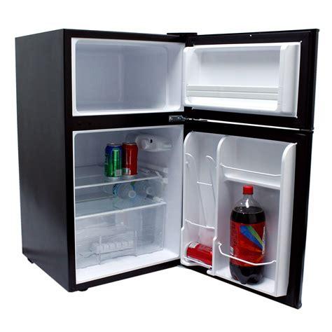 2 Door Mini Fridge With Freezer by Igloo 3 2 Cu Ft 2 Door Mini Refrigerator Freezer In Black Fr832 Refurbished Ebay
