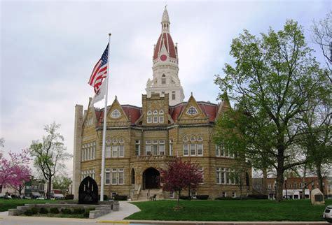 Pike County Il Court Records File Courthouse Pike County Illinois Jpg Wikimedia Commons