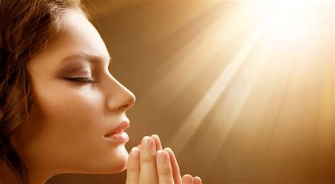 imagenes mujeres cristianas orando importance of patience for your life
