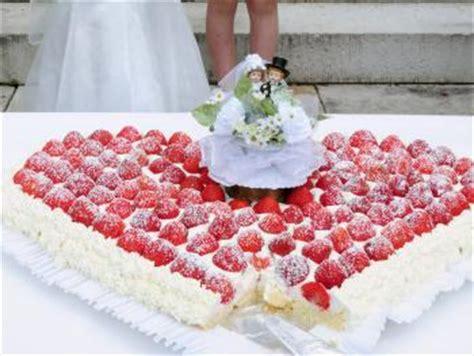 Hochzeitstorte Erdbeerherz by Erdbeerherz Als Hochzeitstorte Torten Kuchen Forum