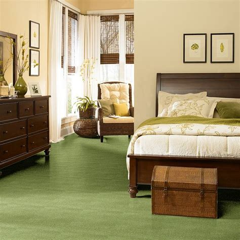 what color carpet goes with green walls retro renovation 2013 color of the year broyhill premier