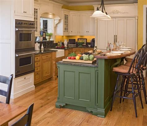 kitchen cabinets in maryland two tone kitchen cabinets interesting and different