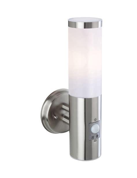 firstlight plaza ip44 single pir outdoor wall light